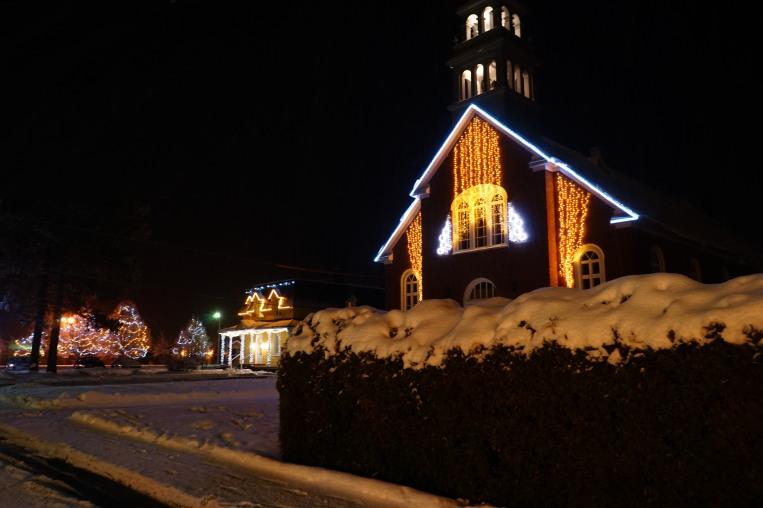 L'Église et le Bureau d'Accueil Touristique