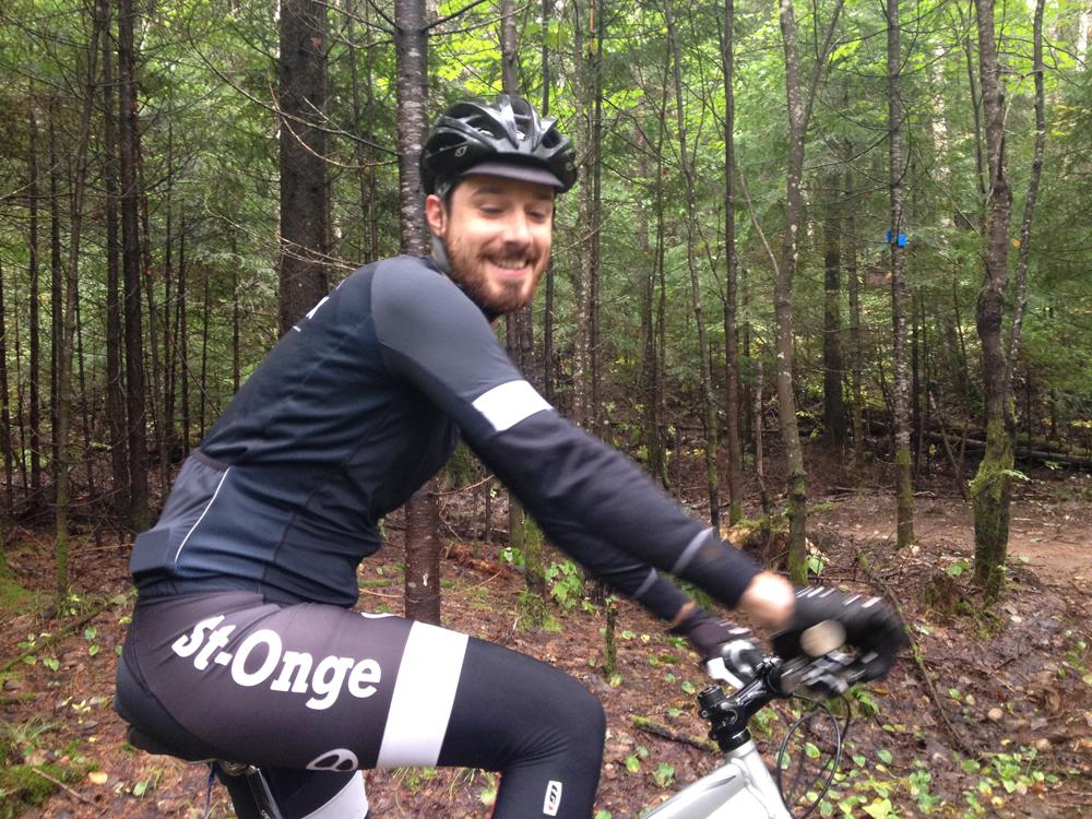 Maxime, un cycliste de Sainte-Béatrix - Vélo de montagne Plein Air Lanaudière